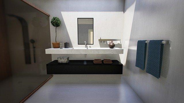 Proč byste měli při přestavbě spolupracovat s designérem koupelny?